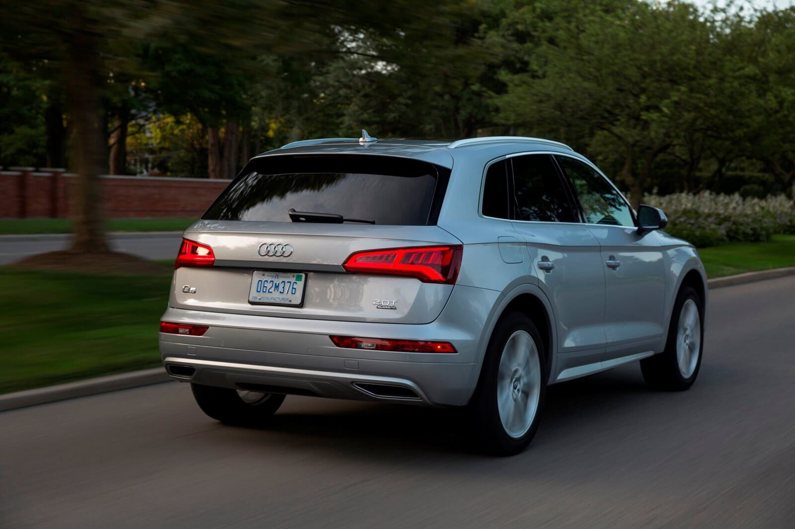 ‫אודי‬ ‫Q5‬ ‫Q5 Design 40 TDI limited‬ ‫‫2.0‬ ‫4X4‬ ‫אוטו'‬ ‫5‬ ‫דל ‫-‬ ‫2020‬ - 4